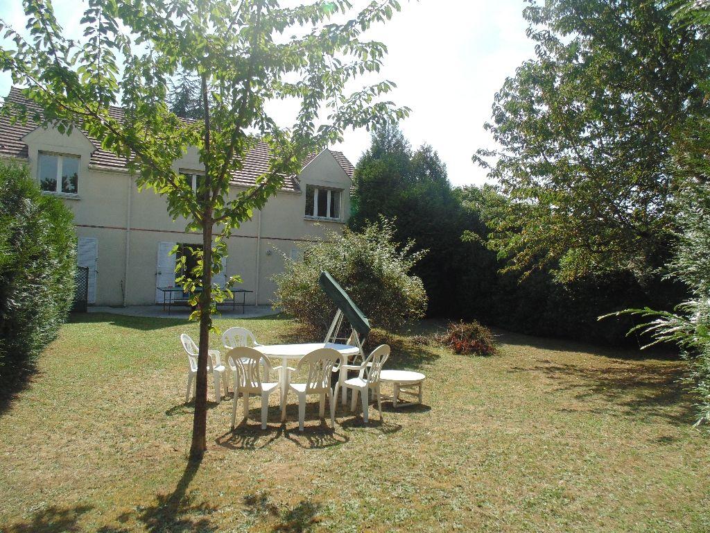 Maison a vendre thiais 28 images villa 6 pieces thiais for Jardin immobilier