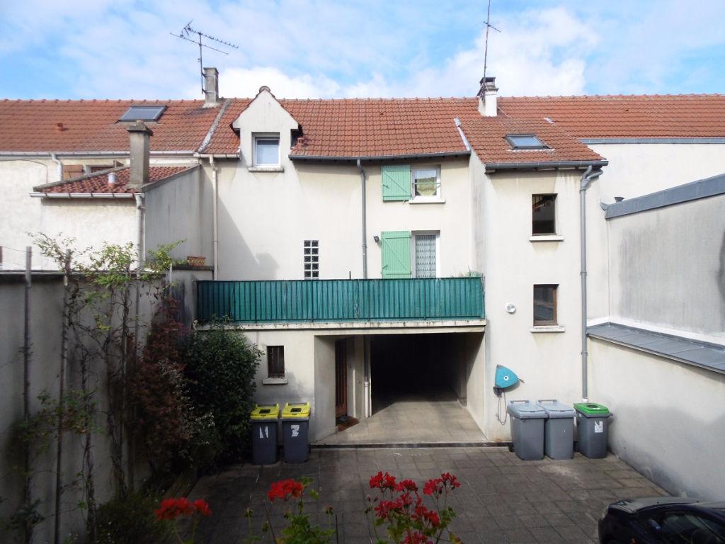 Immobilier vitry sur seine villejuif chevilly larue for Garage de thiais